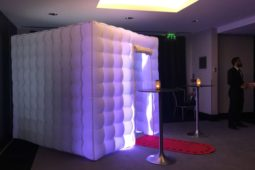 photo booth hire near me